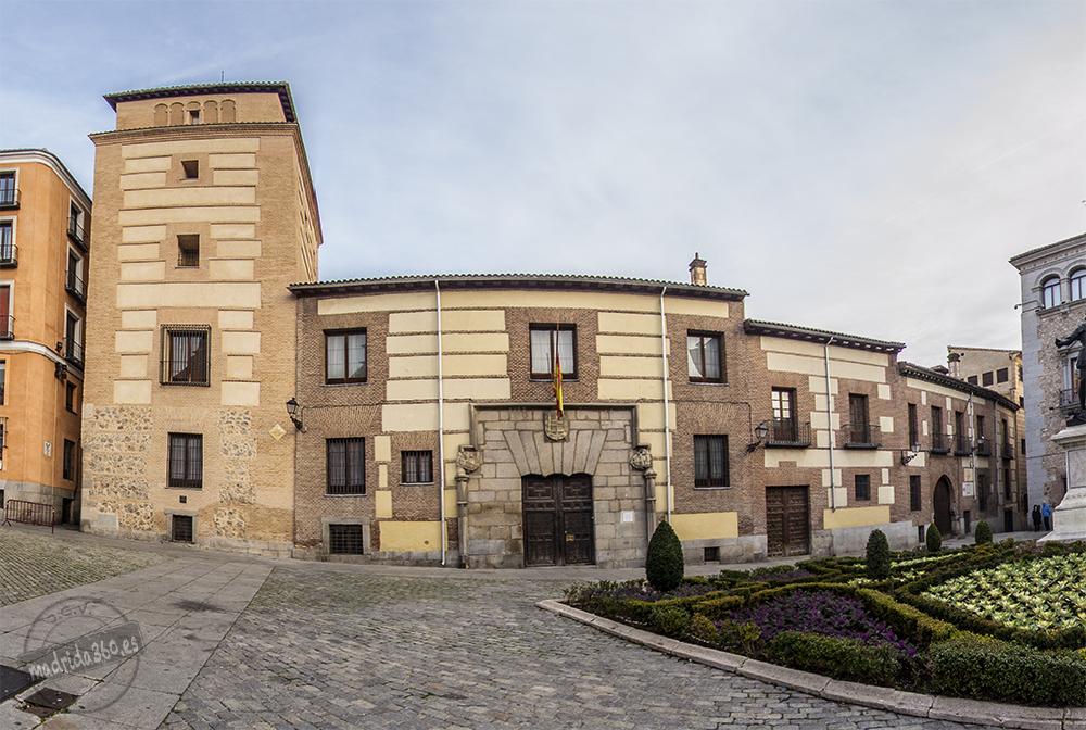 Casa y Torre de los Lujanes